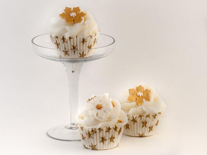 triple cupcake christmas